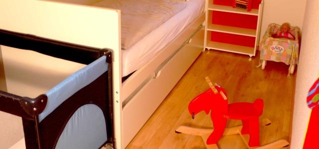 kinderzimmer familien ferienwohnung ammer. Black Bedroom Furniture Sets. Home Design Ideas